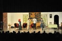 DINDAR - Akşehir'de 'Karanlıkta Açan Çiçekler' İsimli Tiyatro Oyunu Sahnelendi