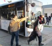 ALAÇATı - Çeşme'de 35 Sığınmacı Yakalandı