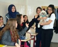 İSMET İNÖNÜ - Dersi Hayvanlarla Birlikte İşliyorlar