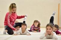 SÜLEYMAN EVCILMEN - Geleceğin Cimnastikçileri Muratpaşa'da Yetişiyor