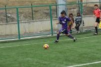 HAKKARİ VALİSİ - Hakkarispor, Diyarbakır Ekibini Mağlup Etti