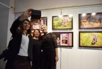 BELGESEL - Kadınlar Renkli Fotoğraf Karelerinde