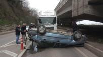 ATATÜRK BULVARI - Kamyonla Otomobilin Çarpıştığı Kaza Ucuz Atlatıldı