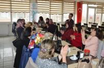 EMEKÇİ KADINLAR - Süleymanpaşa Belediyesi Muhtar Eşlerini Ağırladı
