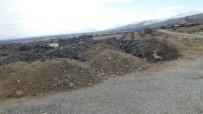 KAĞIT FABRİKASI - Arazisine İzinsiz Olarak Hafriyat Dökülen Vatandaş Yardım İstiyor