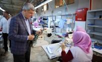 FATMA SEHER - Başkan Karaosmanoğlu Kadın Çalışanlarla Bir Araya Geldi