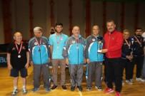 SERVET TAZEGÜL - Başkan Tuna, Masa Tenisi Turnuvası'nda Sporculara Destek Verdi