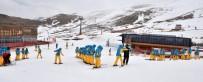 KONAKLı - Büyükşehir'den Üniversite Öğrencilerine Kayak Kursu