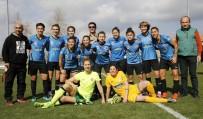 HÜSEYIN TÜRK - Döşemealtı Kadın Futbol Takımı, Karadeniz Ereğli'yi Ağırlıyor