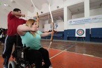 ENGELLİ SPORCU - Engelli Sporcular, Engelsiz Sporcularla Spor Yaptı