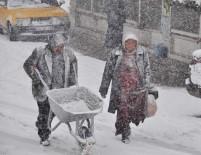 KAR TOPU - Kar Yozgat'ı Beyaza Bürüdü