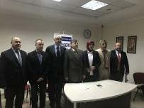 TABIPLER ODASı - Kayseri Tabip Odası Başkanı Hüseyin Per, 'Hekimler Mecburi Hizmet Yükümlülüğü Altında Eziliyor'