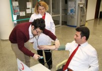 Kızılay Kan Bağışına Üniversitesinden Destek