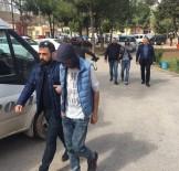 FEVZIPAŞA - Tabanca Görünümlü Çakmakla Taksiciyi Gasp Eden 2 Kişi Adliyeye Sevk Edildi