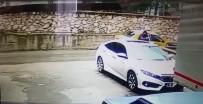 DÖNER BIÇAĞI - Taksi Şoförüne Gasp Kamerada