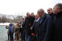 MUNZUR VADİSİ - Tunceli'de Munzur'a Karanfil Bırakıldı