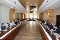 'Türk Yükseköğretim Kurumlarında Suriyeli Öğrenciler' Konferansına Rektör Karacoşkun'da Katıldı