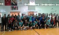 SALON FUTBOLU - 1.Lig Salon Futbolu Müsabakaları Sona Erdi