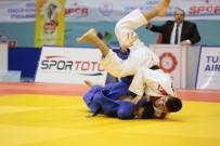 Anadolu Yıldız Judo Finalleri Ünye'de Yapılacak