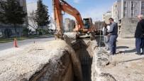 ATATÜRK BULVARI - Atatürk Bulvarındaki Alt Yapı Çalışmaları Hızla Devam Ediyor