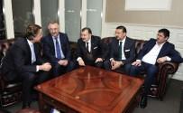 İŞÇI PARTISI - Hollanda Dışişleri Bakanı Koenders'den Türk Şirketine Ziyaret