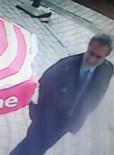ATATÜRK BULVARI - Kravatlı Tütün Hırsızı Polisten Kaçamadı