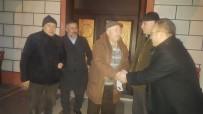 SABAH NAMAZı - AK Parti Bilecik Merkez İlçe Başkanlığının Referandum Mesaisi Sabah Ezanı İle Başlıyor