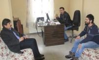 AK Partili Fırat'tan İHA'ya Ziyaret