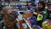 İNİSİYATİF - Askı Kütüphane Dar Gelirli Öğrencilerin Yüzünü Güldürüyor