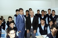 SAVAŞ UÇAĞI - Bakan Çavuşoğlu'dan Öğrencilere Sivil Ve Savaş Uçağı Sözü