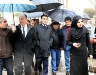 İFADE ÖZGÜRLÜĞÜ - Başkan Dündar, Yeni Karaman'da Vatandaşı Dinledi