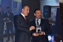 Biga'ya Yılın En Başarılı İlçe Ödülü