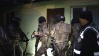BURSA EMNIYET MÜDÜRLÜĞÜ - Bursa'da Zehir Tacirlerine Darbe Açıklaması 44 Gözaltı