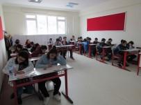YOZGAT - Çözüm Koleji 'Bursluluk Sınavına' Yoğun İlgi