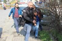 İÇKİ ŞİŞESİ - Market Sahibi Kadına Saldıran Şahıs Yakalandı