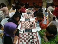 SEZAI KARAKOÇ - Satranç Liginde Öğrenciler Kıyasıya Mücadele Ediyor