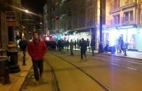 VODAFONE ARENA - Sirkeci'de Raydan Çıkan Tramvay Beşiktaş Taraftarını Vurdu
