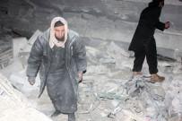 İNSAN HAKLARı - Suriye'de Camiye Hava Saldırısı Açıklaması 63 Ölü