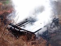CELEP - Yangın Çıkan Ev Kül Oldu