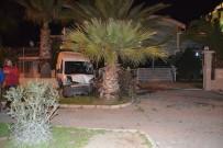 ATAKENT - Alkollü sürücü cami duvarına çarptı!