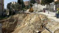 TOPRAK KAYMASI - Aydın'da Yol Çöktü