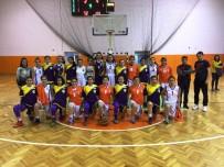 BASKETBOL TAKIMI - Bağlar'ın Kadın Basketbol Takımı Anadolu Şampiyonasına Katılacak