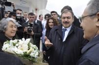 Bakan Eroğlu, Sokak Hayvanları Rehabilitasyon Merkezi'ni Açtı