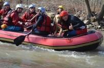 Rafting Keyfine Davetsiz Misafir