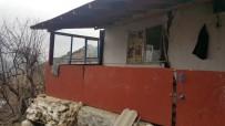 POLAT KARA - Antalya'da Heyelanda 8 Ev Yıkıldı