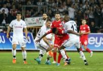 SALİH DURSUN - Antalyaspor İle Beşiktaş Süper Lig'de 42. Randevuda