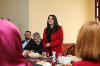 MUSTAFA TUNA - Başkan Tuna, Türk-Japon Dostluk Derneği'yle Bir Araya Geldi