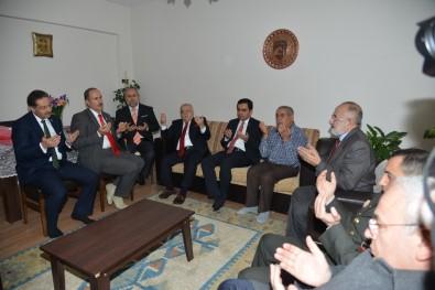 Kırşehir Protokolünden Şehit Ailelerine Ziyaret