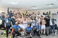 KONYASPOR - Konyasporlu Futbolculardan Kadıköy Pozu