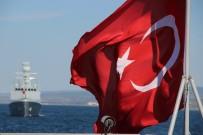 Milli Gemilerden Boğaz'da Resmi Geçit